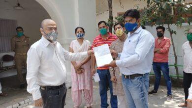 Photo of मुजफ्फरनगर सीवर नाले का निर्माण रोकने वाले दबंगों के खिलाफ क्षेत्रवासियों ने दिया ज्ञापन