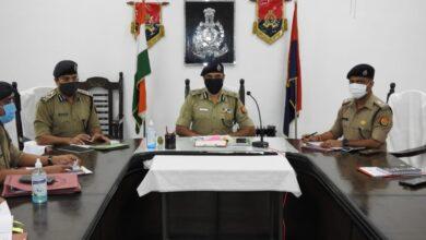 Photo of एडीजी मेरठ जोन मेरठ द्वारा जनपद सहारनपुर में पुलिस अधिकारियों के साथ समीक्षा बैठक /वार्षिक निरीक्षण कर दिए आवश्यक दिशा निर्देश:-